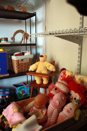 Toy&ArtCloset3